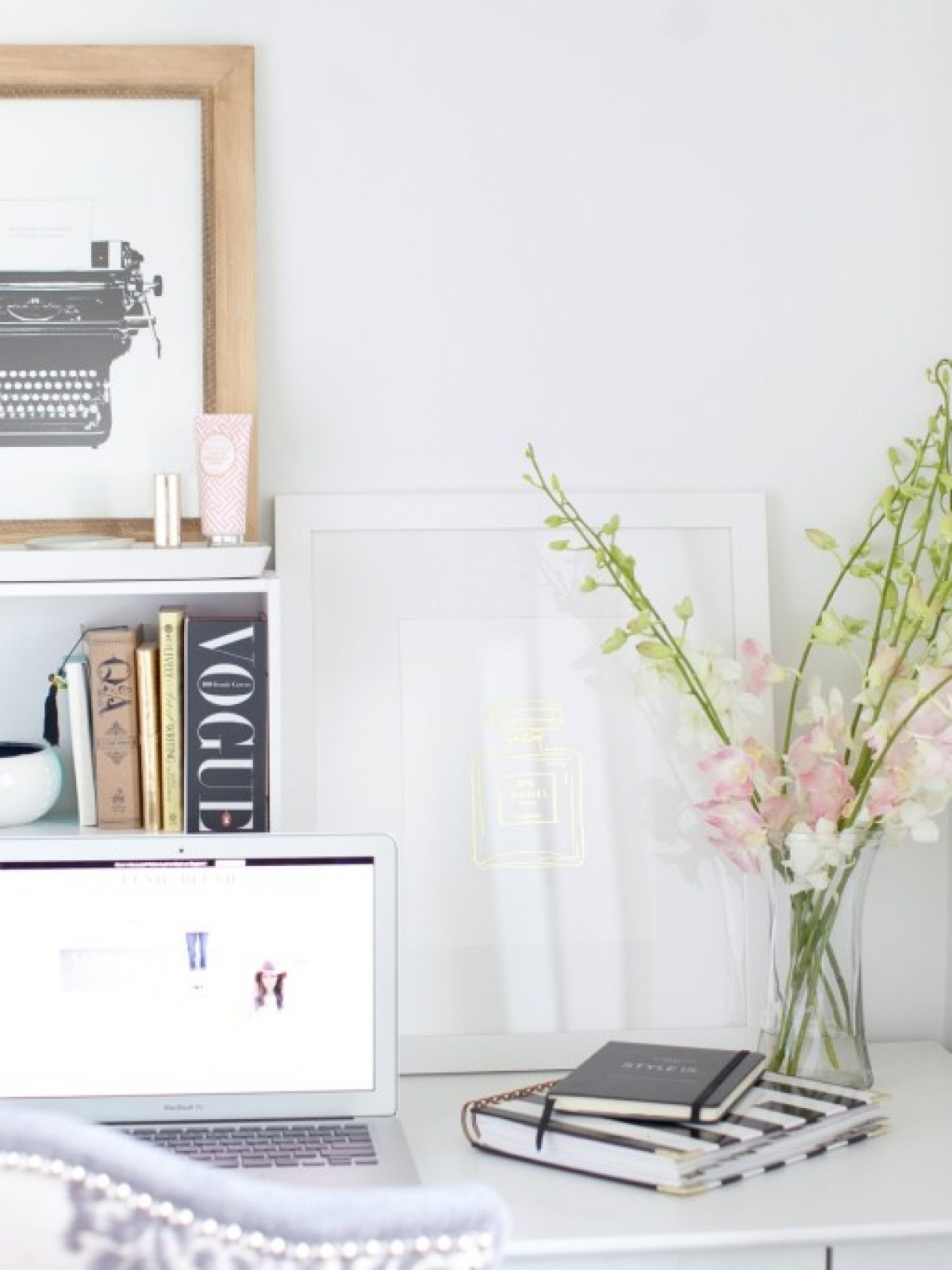 home office essentials, blog talk, blogging, desk styling tips