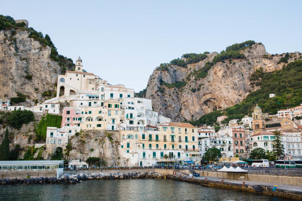 positano, amalfi coast, italy, travel blogger, european travel, summer style, beach style