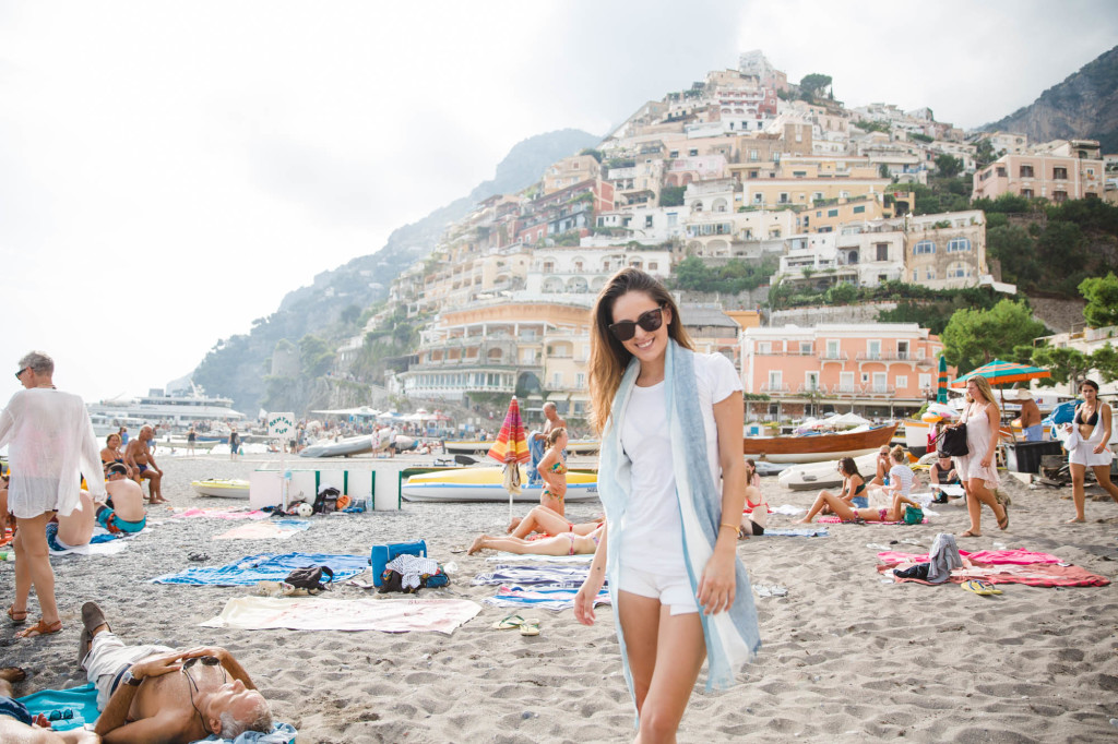 positano, amalfi coast, italy, travel blogger, european travel, summer style, beach style
