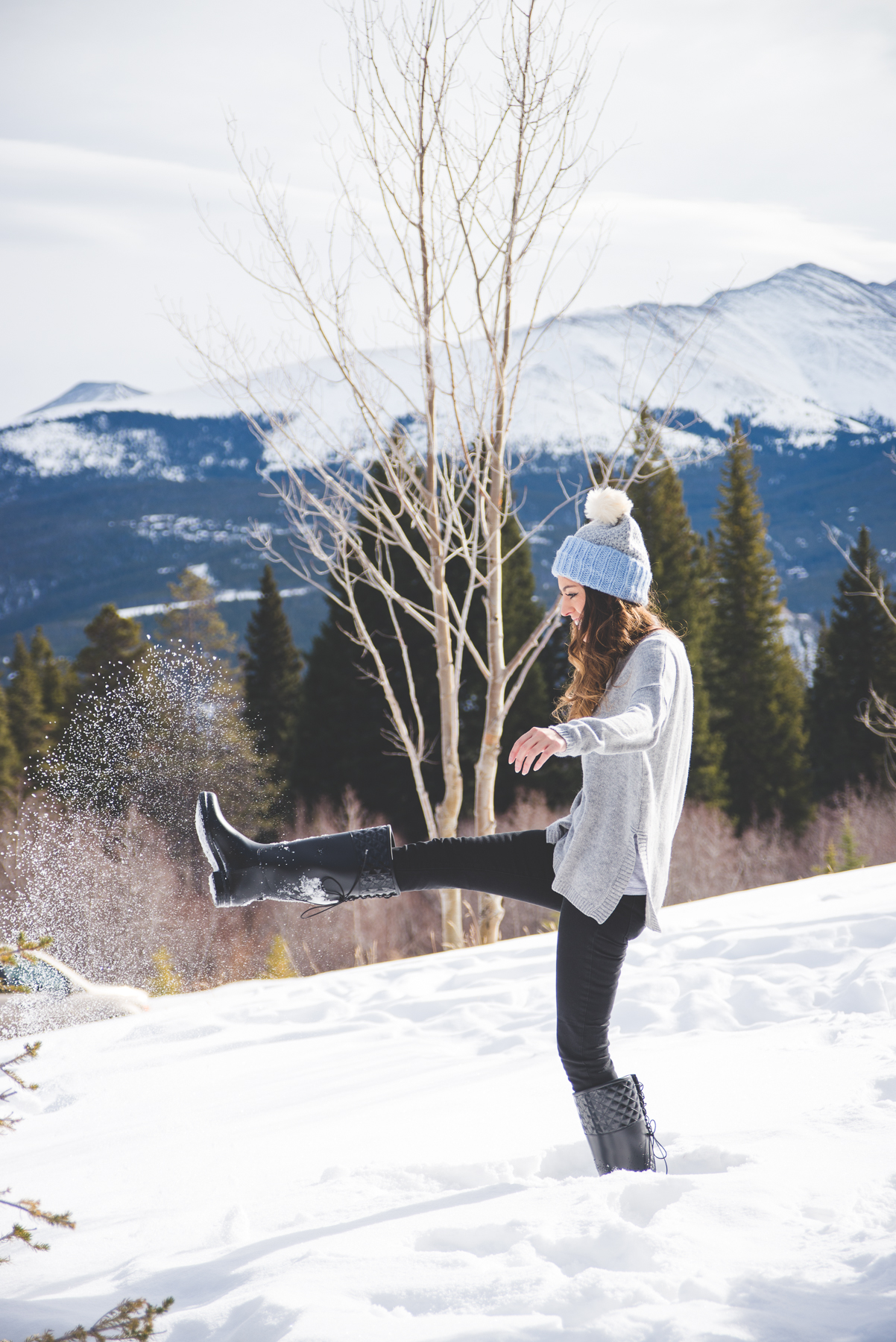 playing in the snow, winter activities, winter travel, winter vacations, breckenridge, colorado, skiing, revolve, old navy, shopbop