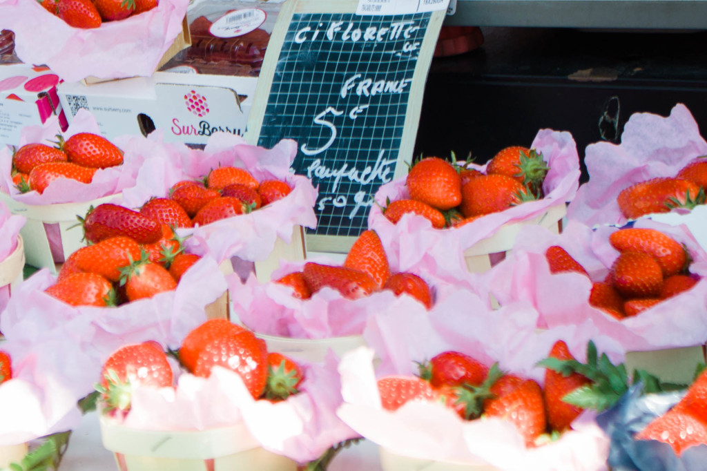 Farmer's market, nice, france, travel, travel blogger, the french riviera, mediterranean sea