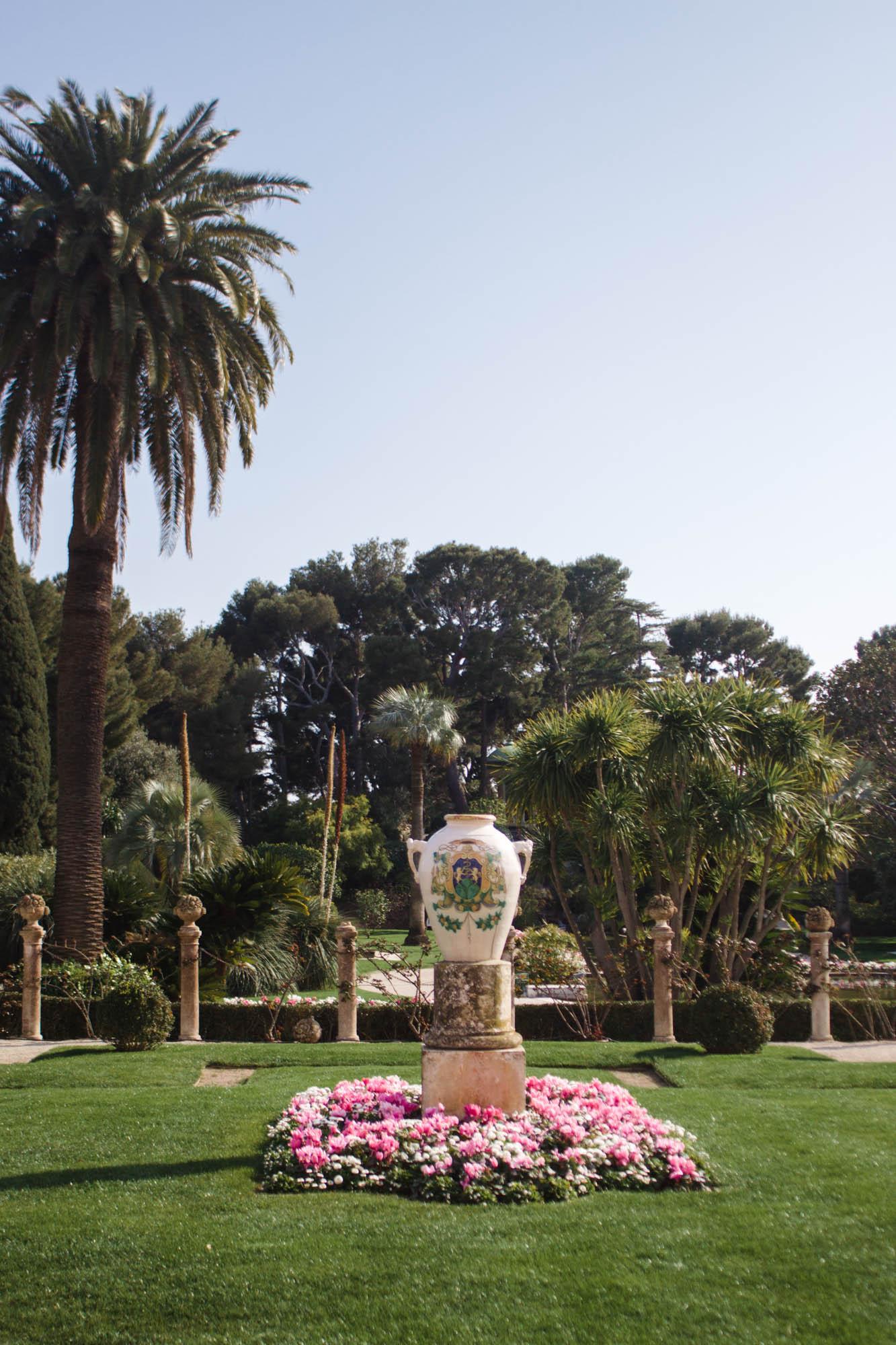 Le jardin de villa ephrussi de rothschild the french for Jardin villa ratti nice