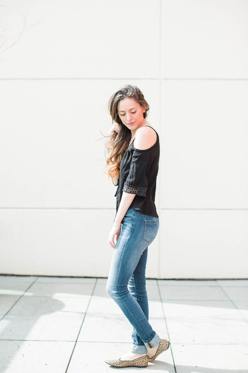 off the shoulder top, off-the-shoulder-top, spring style, casual style, how to wear off the shoulder, cold shoulder top, cheetah flats, leopard flats