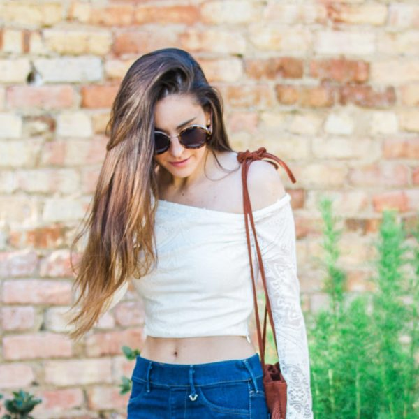 Barcelona, Spain, jetlag, how to deal with jetlag, travel tips, going out in Barcelona, 70s inspired style, boho style, coachella inspiration, how to wear flares, how to wear bell sleeves, fringe cross body, festival style