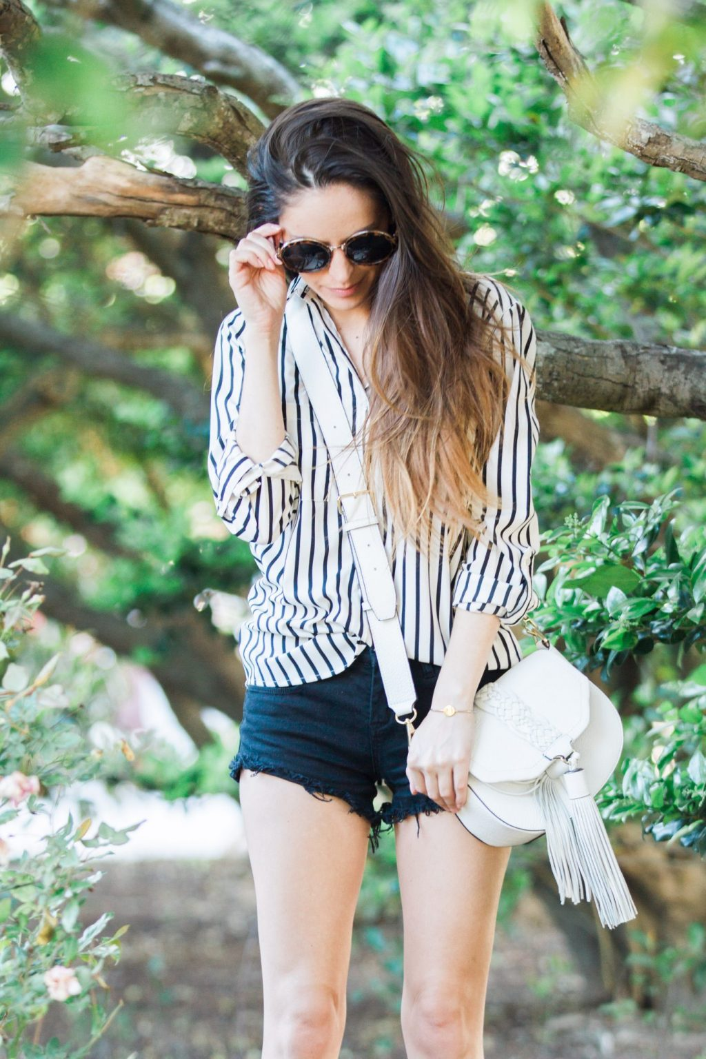 vertical stripes, black and white outfit ideas, how to wear black and white in the summer, spring neutrals, summer neutrals, white rebecca minkoff isobel saddle bag in white, casual spring outfit ideas, casual summer outfit ideas, simple summer style