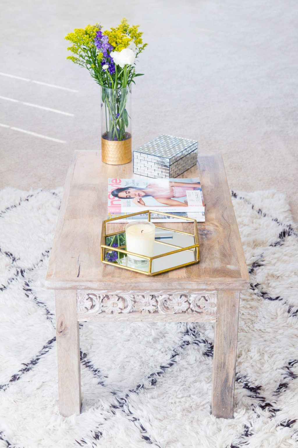 coffee table styling, home decor, glam home decor, white home decor, blogger home tour, coffee table tips