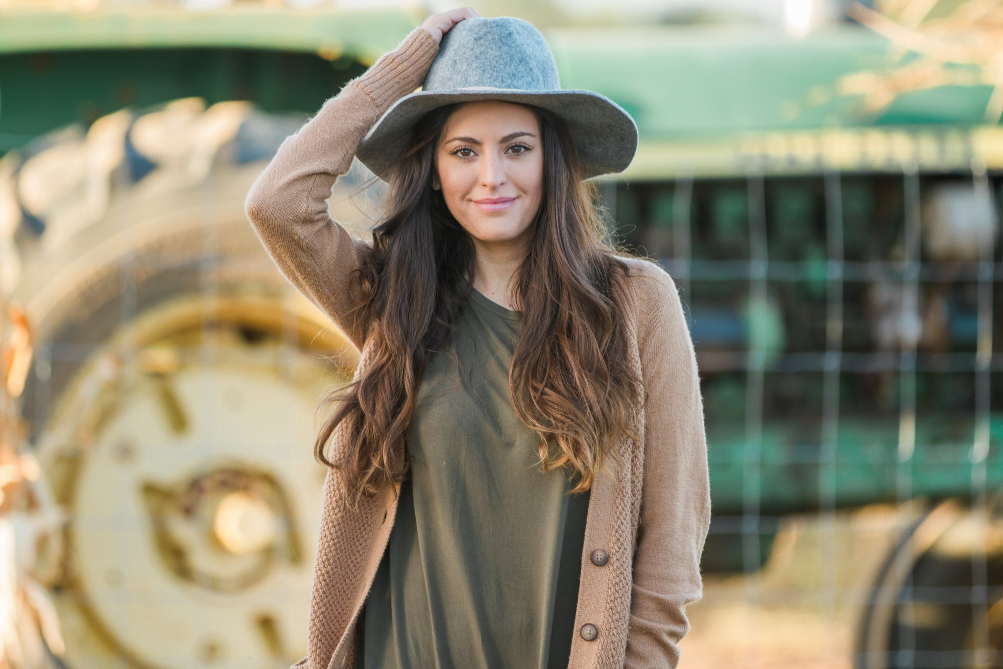 fall layers, pumpkin patch, picking pumpkins, fall farm, a trip to the farm, olive and camel, green and tan, fall earth tones, fall in the south, southern fall style, casual fall style