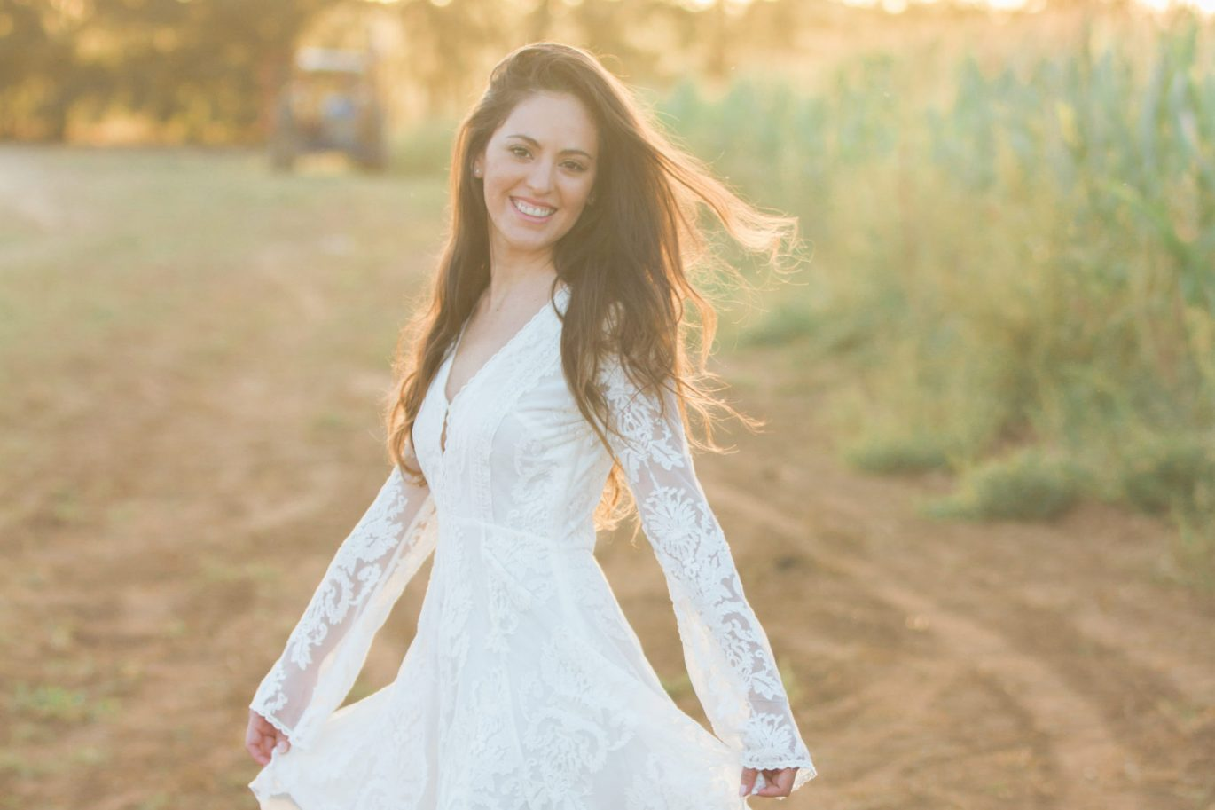sundress in the fall, how to wear summer clothes in the fall, backlight, cornfield, fall outfit ideas