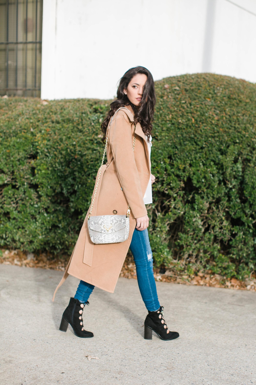 classic winter style, boohoo robe coat, winter outfit ideas, fall outfit ideas, fall style, atlanta blogger