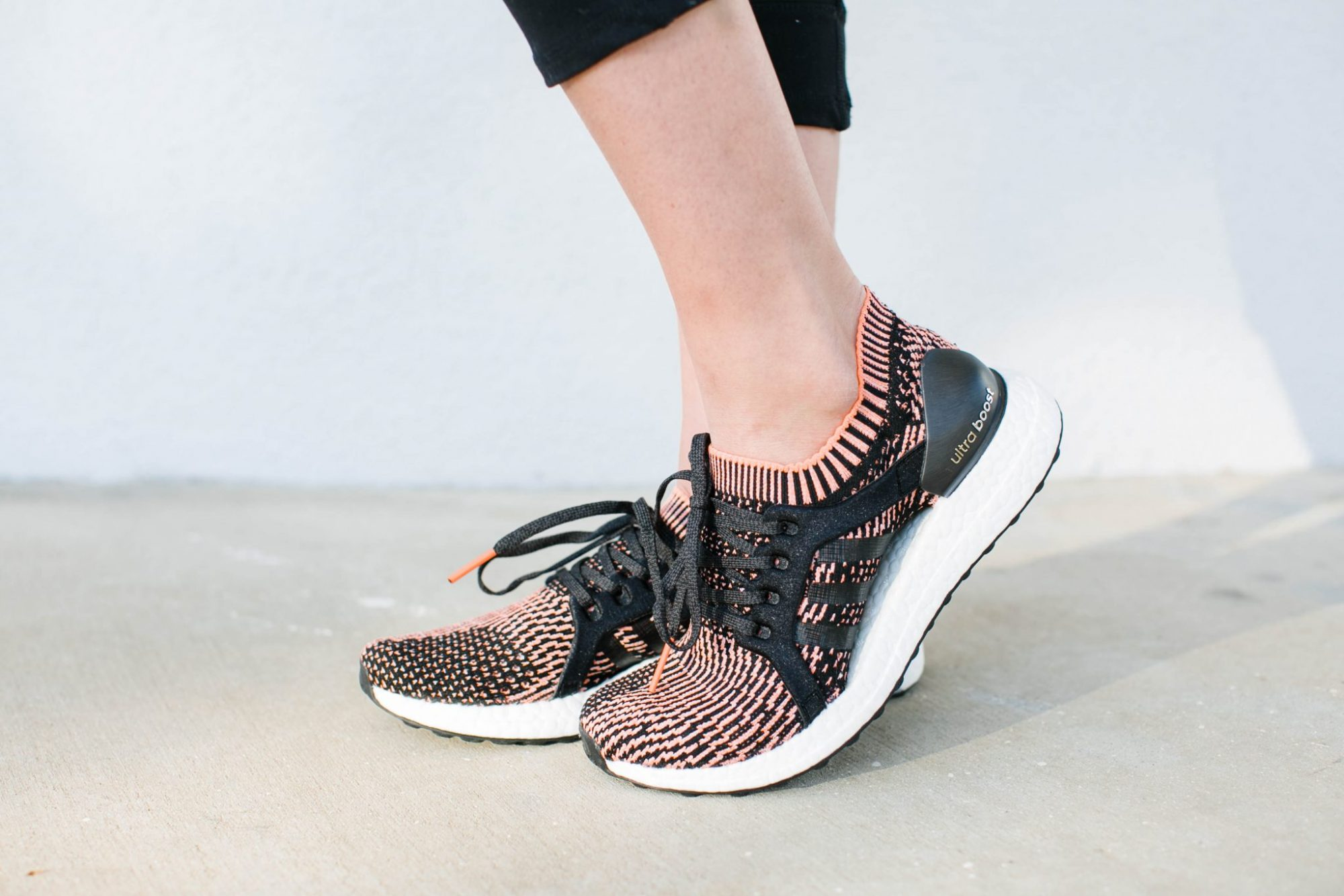 athleisure, adidas ultra boost, RAY-BAN RB3447N 50 ROUND FLAT LENS  MIRROR COLLECTION pink, palm print sports bra, mesh cutout leggings, the best running shoes for women