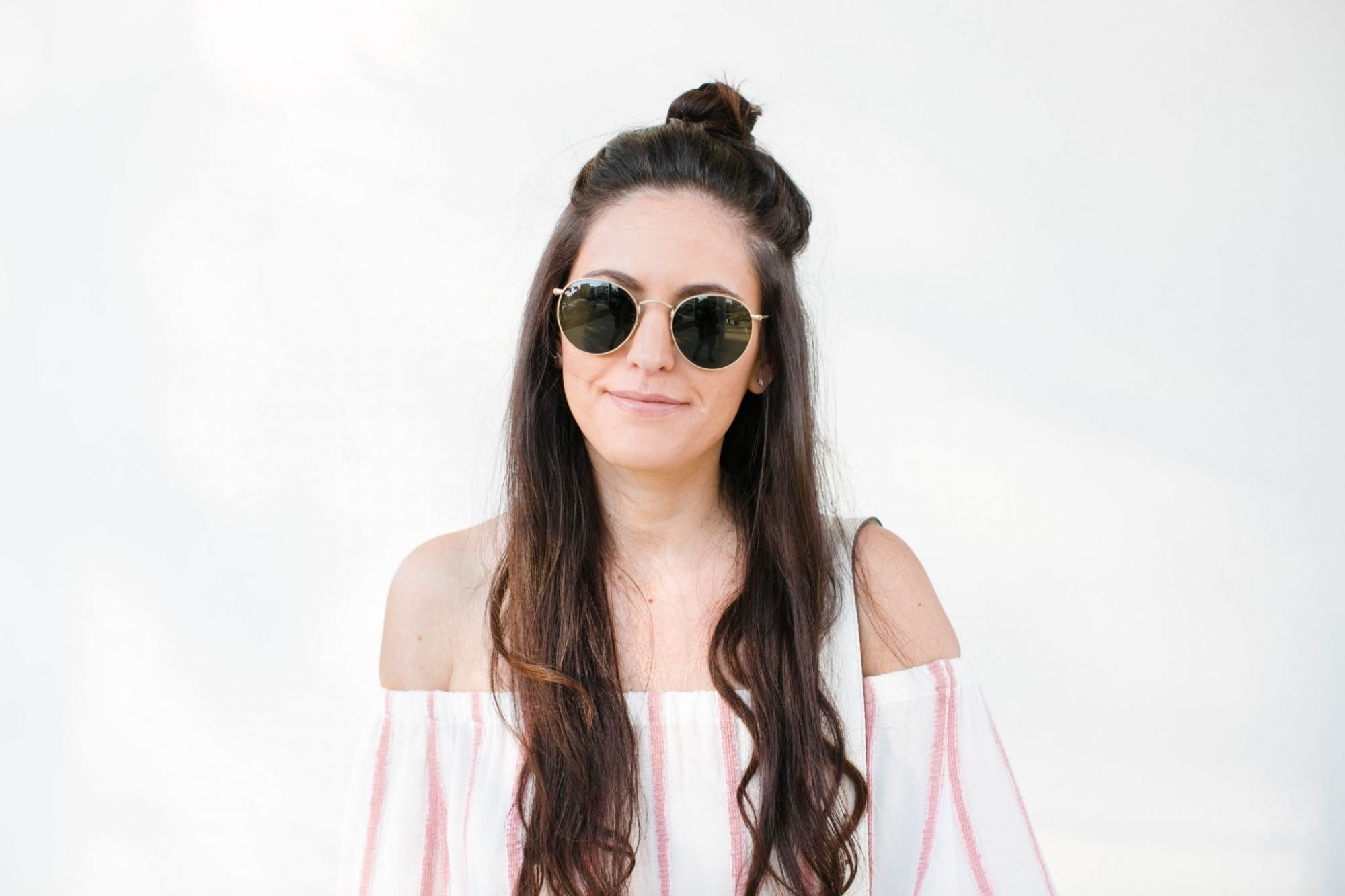 spring style, casual spring style, striped off the shoulder top, how to style an off the shoulder top, summer style, round ray-bans, chinese laundry flats, rebecca minkoff white saddle bag