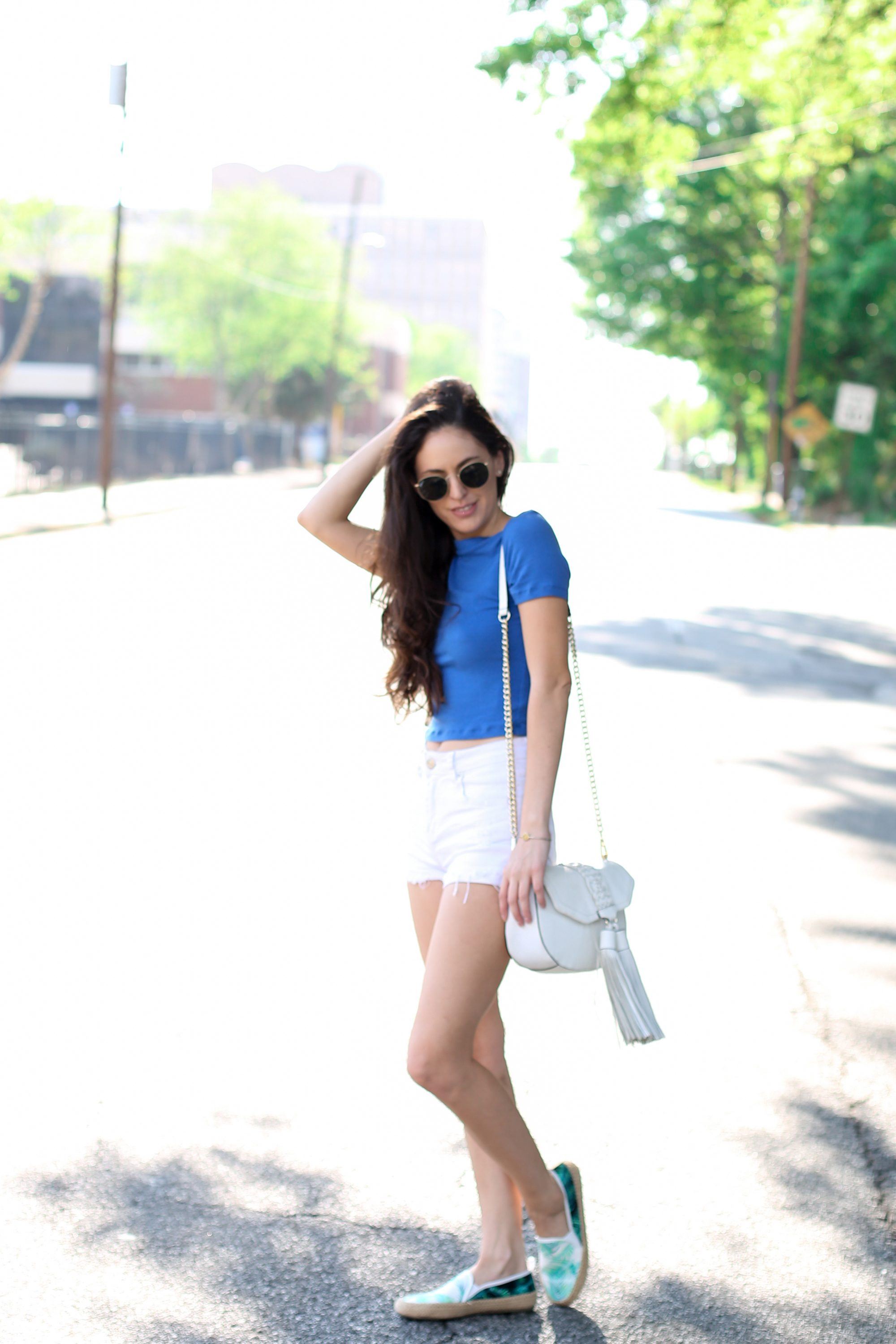 palm print shoes, royal blue crop top, summer style, summer outfit ideas, round raybans