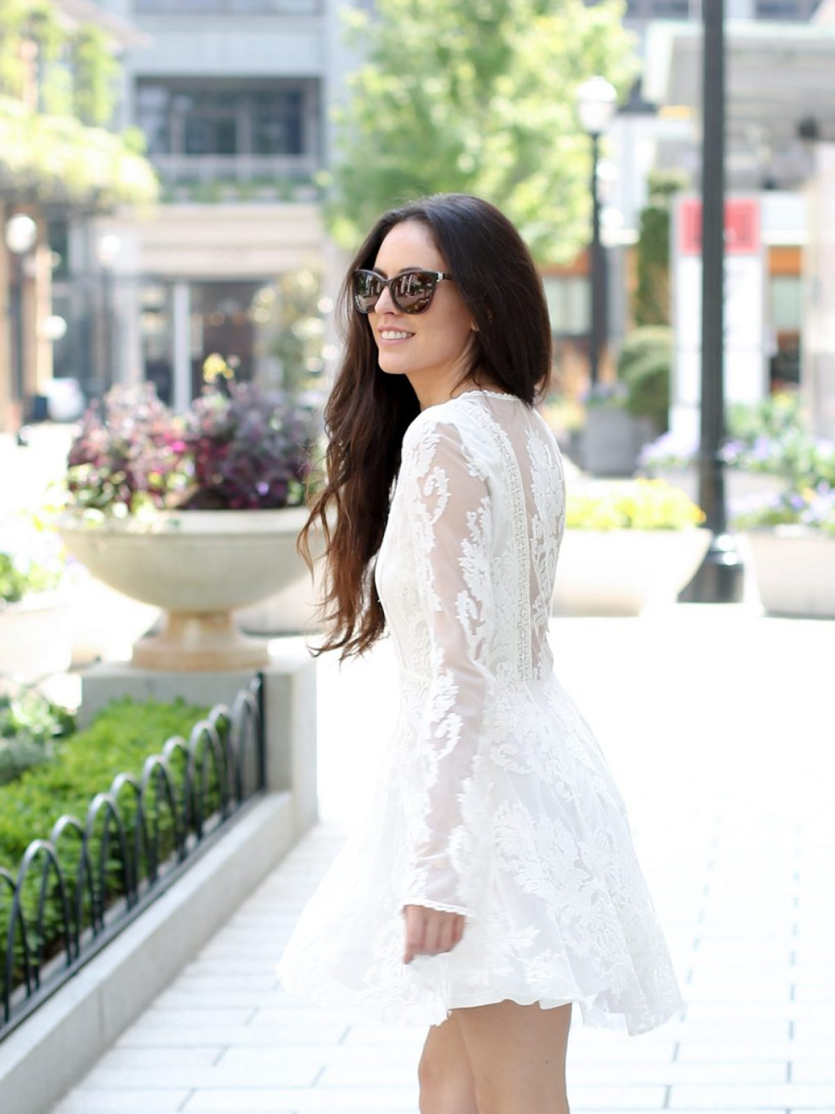white free people dress, relaxed boho, classy boho, relaxed day dresses, how to wear a white dress, sam edelman heels, the shops at buckhead, atlanta style blogger