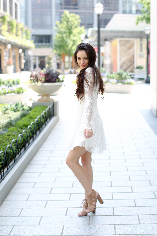 white free people dress, relaxed boho, classy boho, relaxed day dresses, how to wear a white dress, sam edelman heels, the shops at buckhead, atlanta style blogger