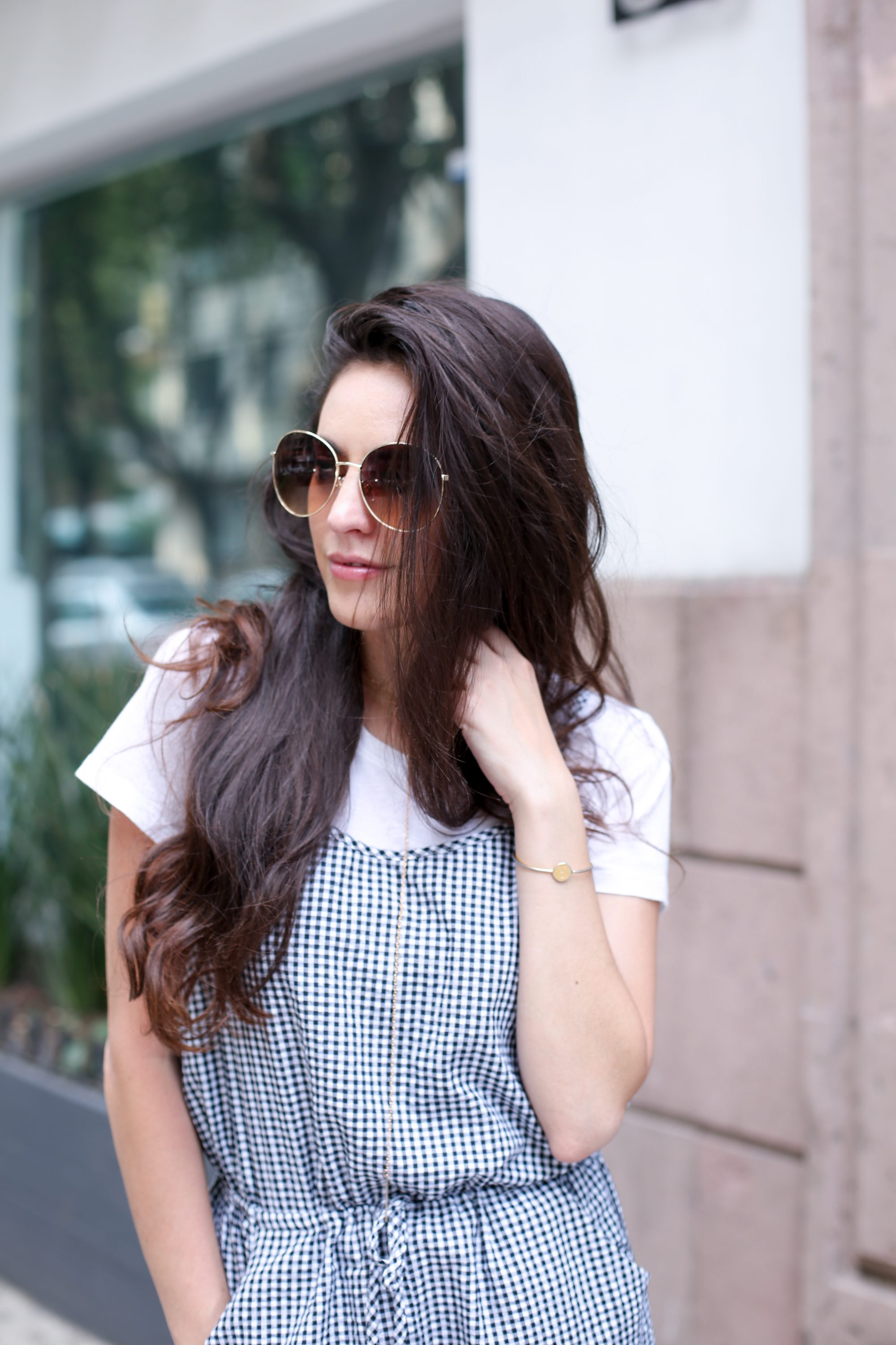 gingham jumpsuit, polanco mexico city, where to shop in mexico city, best neighborhoods in mexico city, round gold rimmed sunglasses, summer style, spring style, summer outfit ideas, spring outfit ideas, style and travel blogger
