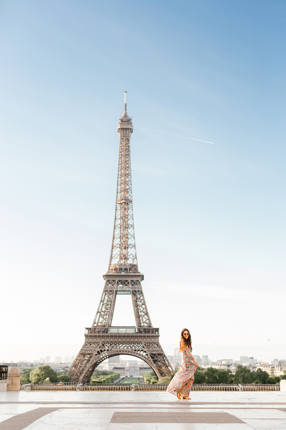 an overview of the eiffel tower The eiffel tower is one of the most famous landmarks in the world and the eiffel tower was saved lesson summary eiffel tower lesson for kids:.