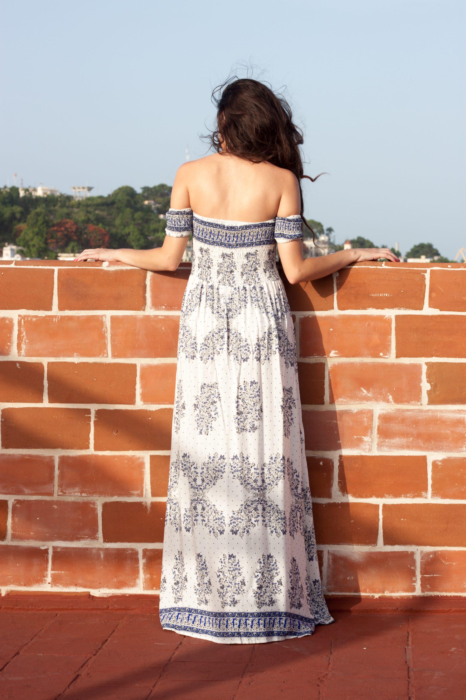 havana cuba, what to wear in havana cuba, rooftops in havana cuba, travel style, summer style, blue and white maxi dress