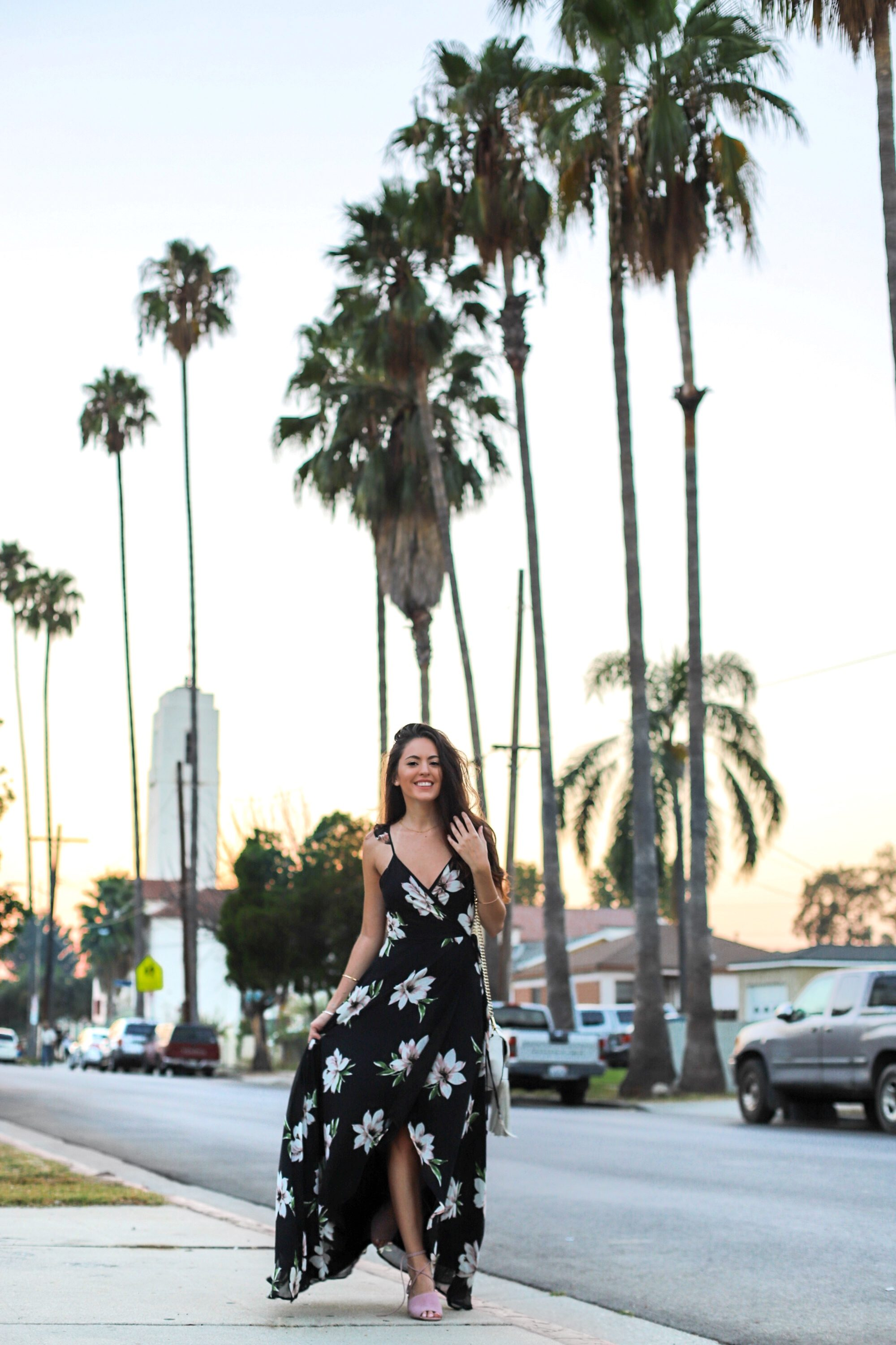 black and pink maxi, black maxi dress, black floral maxi dress, summer to fall outfit ideas, summer style, summer outfit ideas, fall wedding outfit ideas, Los Angeles, how to wear maxi dress for fall, lulus ALL MINE BLACK FLORAL PRINT HIGH-LOW WRAP DRESS