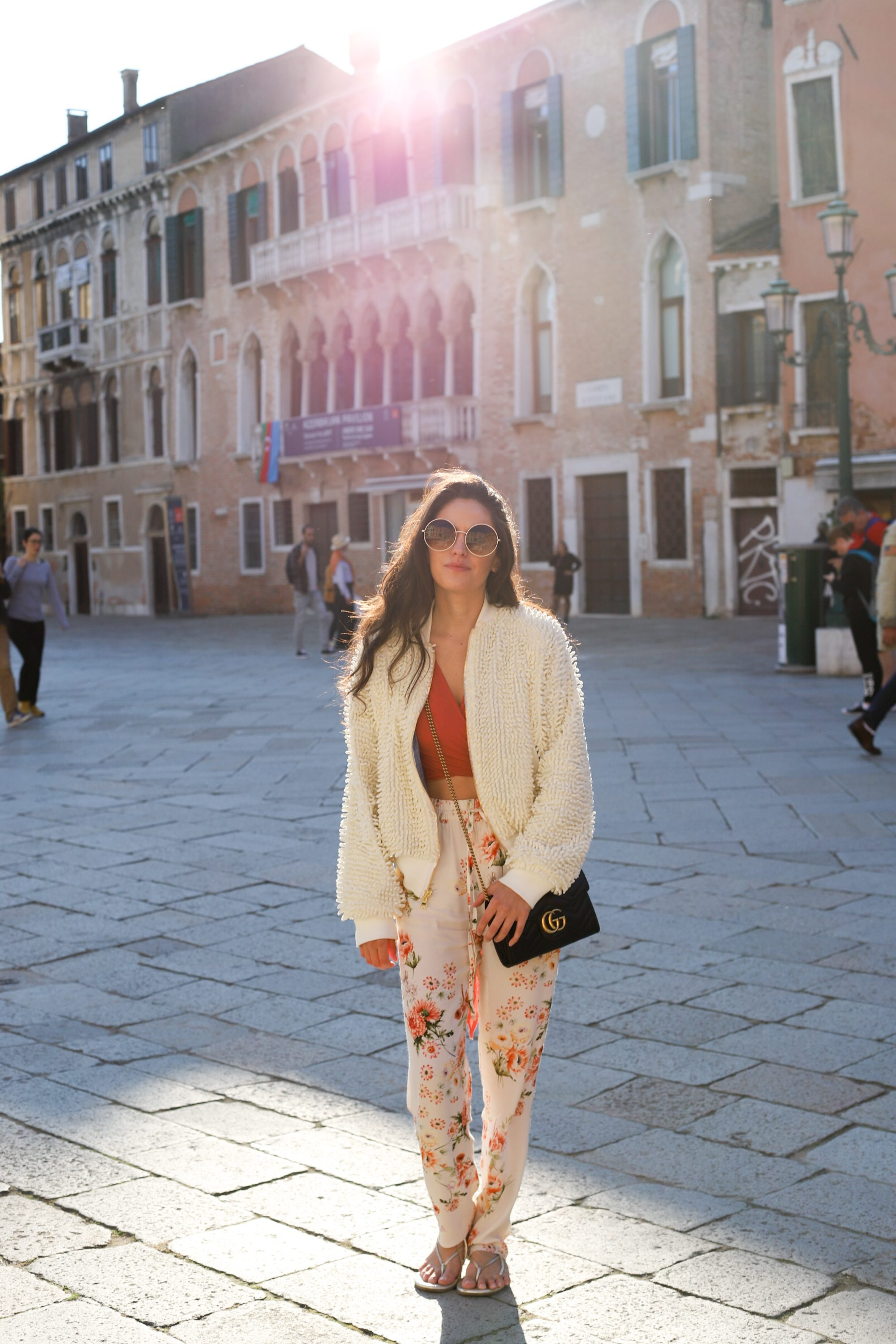 fall florals, what to wear in venice italy, orange crop top, gucci marmont mini malatesse, summer to fall outfit ideas