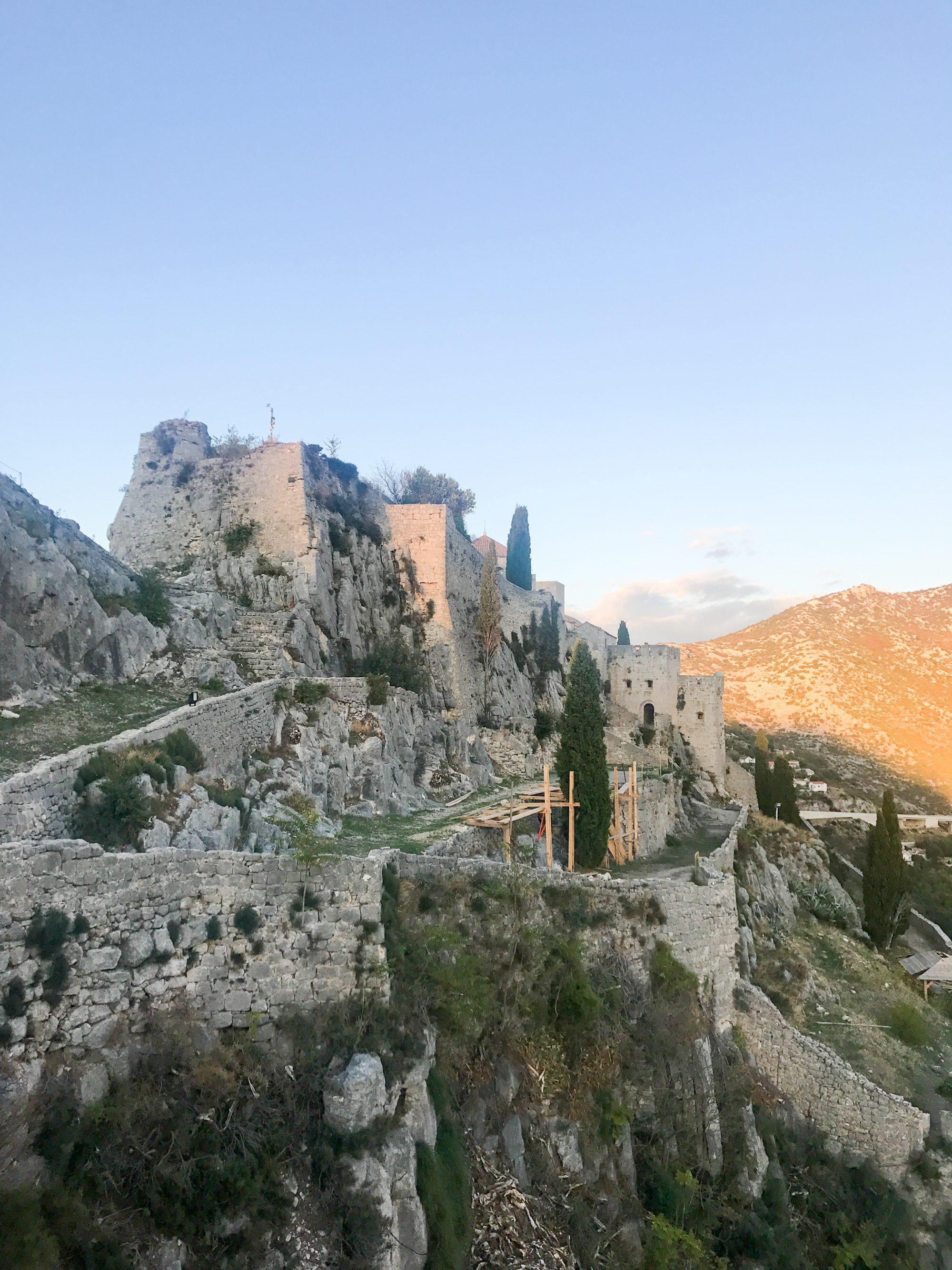 meereen game of thrones, klis fortress, split croatia, game of thrones filming locations, khaleesi meereen