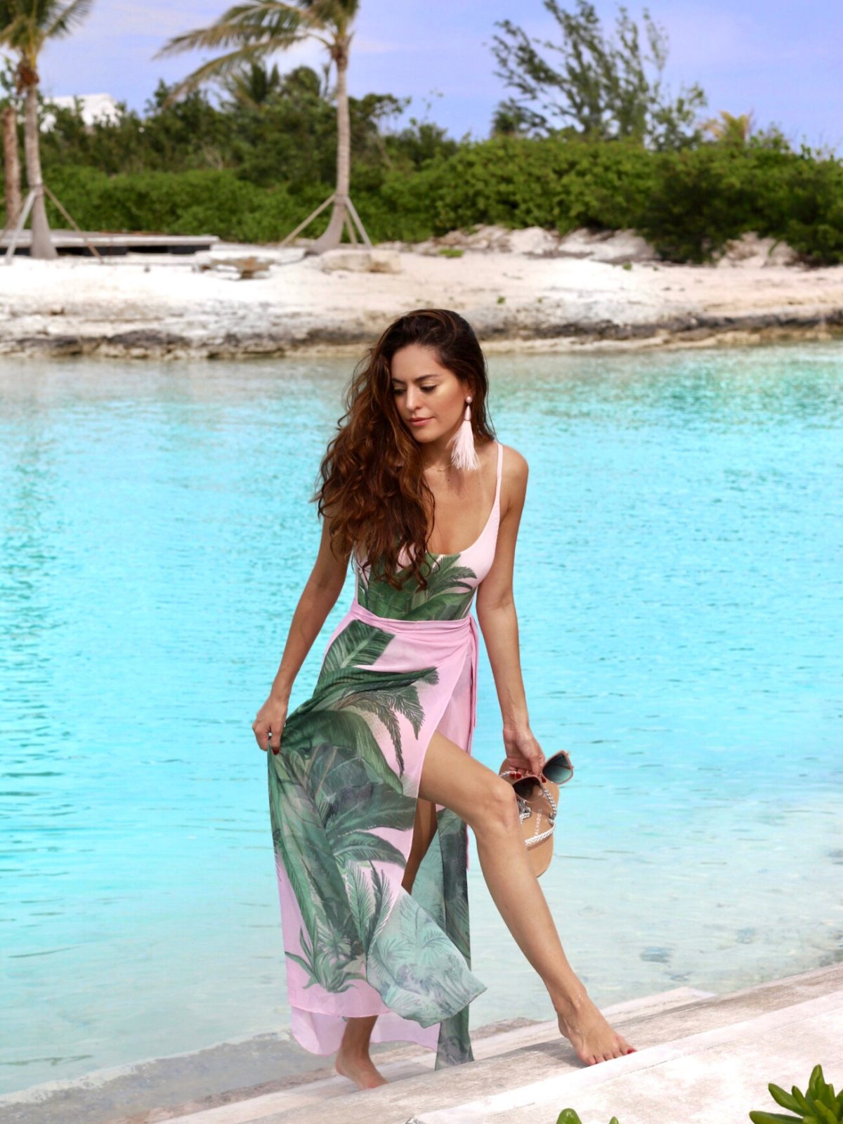 turks & Caicos, doug camozzi, bauble bar pink feather earrings, triya brasil, triya Saia Pareo Mato, triya Maiô Ariel Mato, island style, resort wear, what to wear on an island vacation