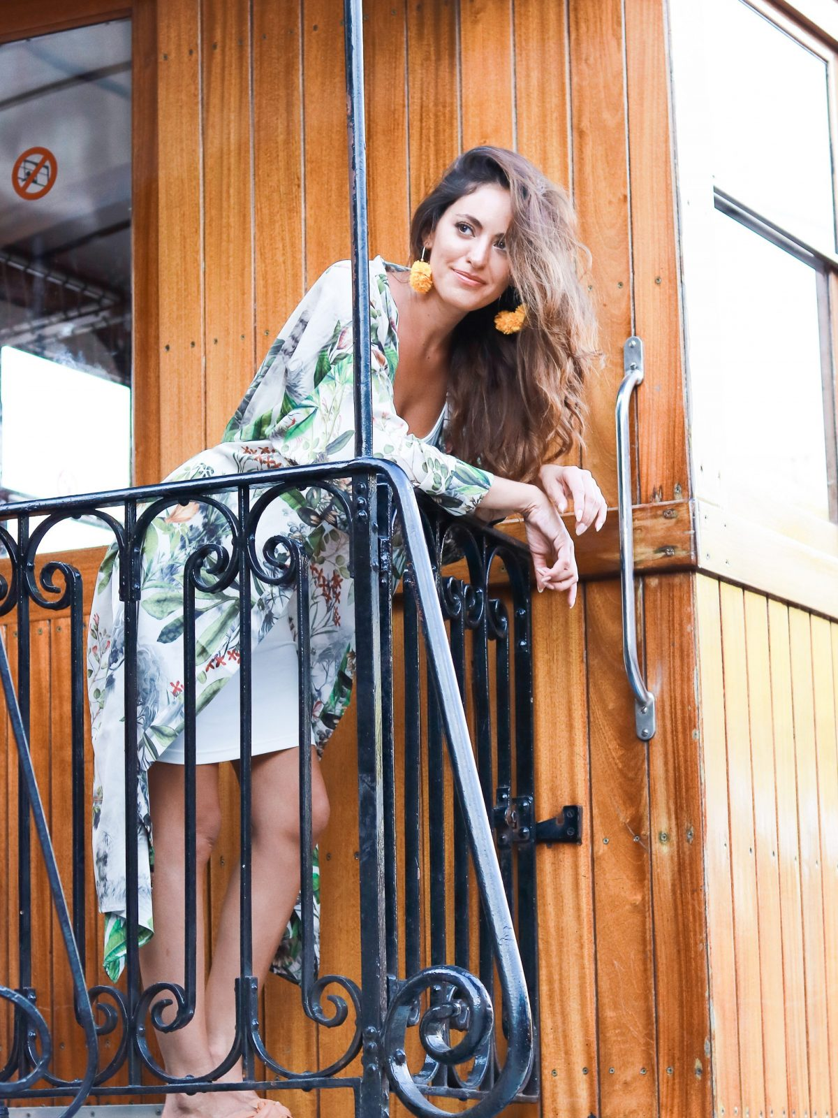train from palma to soller, mallorca train, simple summer style, how to wear a white dress, casual style, summer outfit ideas, travel outfit ideas, H & M - Patterned Kimono - Natural white/patterned - Women, baublebar Sanchia Hoop Earrings, knot slides, palma train station, vintage wooden train mallorca, what to do in mallorca