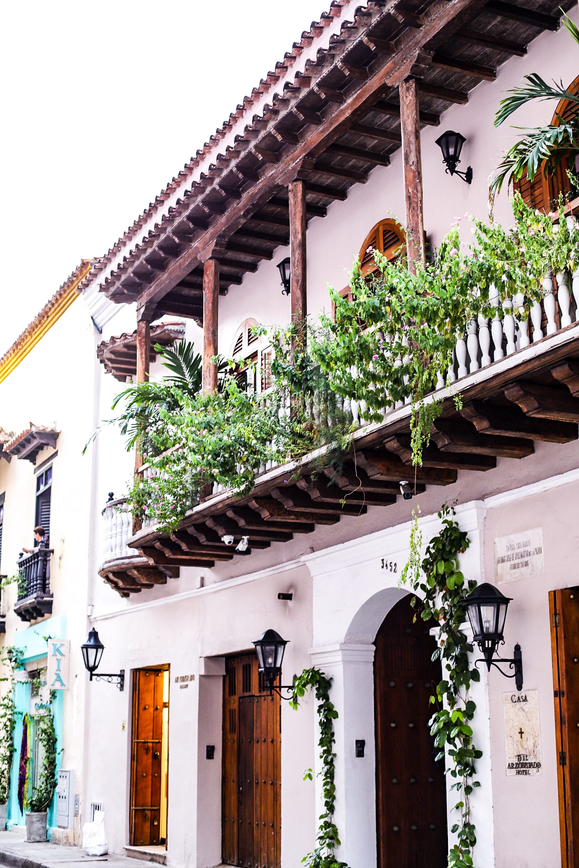 cartagena travel guide, what to do in cartagena, epoca cartagena, where to eat in cartagena, best bars in cartagena walled city, walled city cartagena, where to stay in cartagena, el baron cartagena, alquimico cartagena, bohemia cartagena