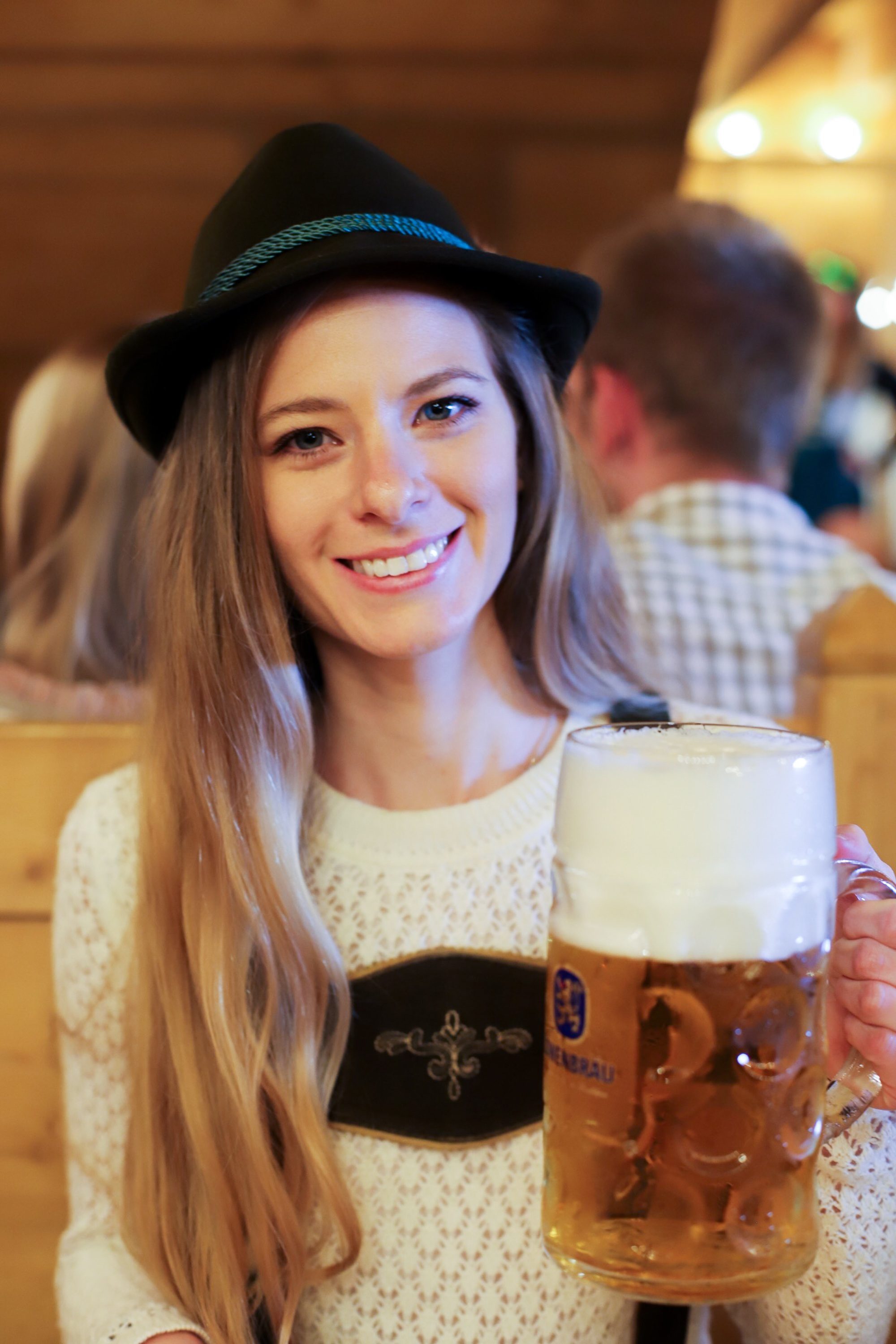 oktoberfest in munich, oktoberfest tips, oktoberfest lederhosen, oktoberfest dirndl, oktoberfest beer tents, is oktoberfest free, does oktoberfest cost to get into, where to buy oktoberfest costumes, oktoberfest location, oktoberfest in germany