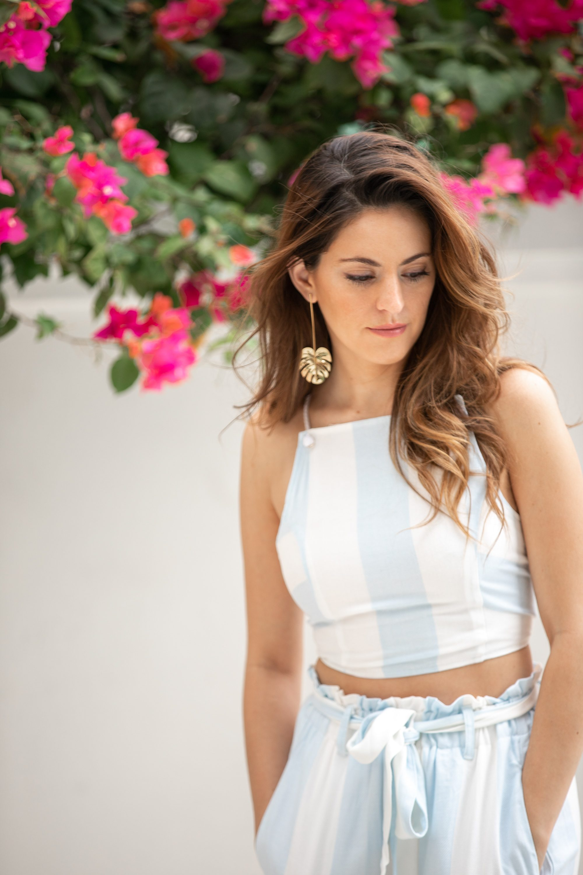 poolside, what to wear on vacation, matching set, blue striped matching set, palazzo pants, raffles makati, layover in manila, travel in style, summer style, summer outfit ideas, lauren james miami crop top, lauren james cabana hampton palazzo pant