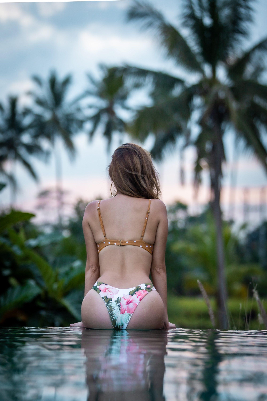 bali pool day, sankara suites pool, work life balance, Rip Curl Hanalei Bay Skimpy Reversible Bikini Bottom, Rip Curl Womens Hanalei Dot Balconette Bikini Top