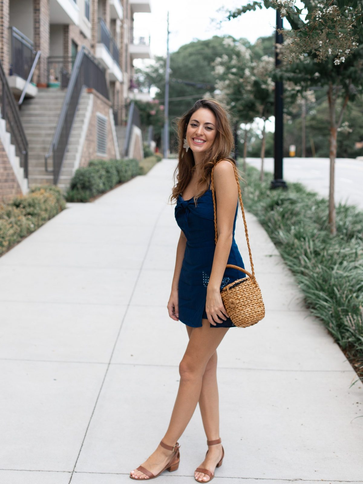 cotton candy LA blue linen dress, summer sundress styling tips, simple summer outfit ideas, what to wear on a day date