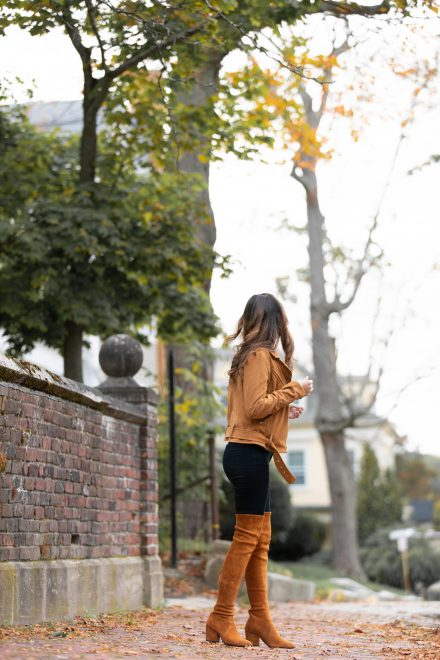 fall in new england, fall outfit ideas, fall looks, how to wear over the knee boots, otk boots, tan jacket, tan moto jacket, fall in boston, Massachusetts, boston city guide, best areas in boston, where to stay in boston, what to do in boston
