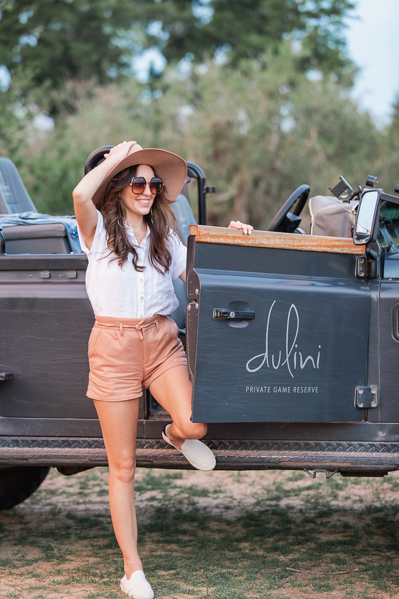 what to wear on a safari, what to pack for a safari, safari packing list, luxury safari in sabi sands tips