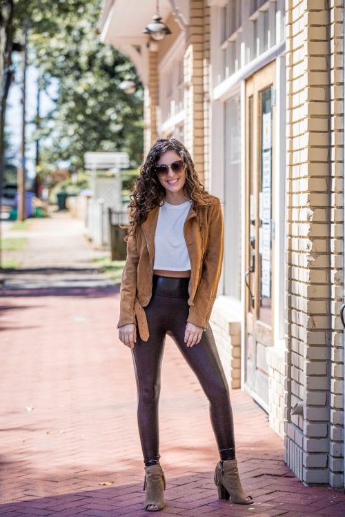 fall outfit ideas, what to wear for fall, summer to fall transition outfits, spanx faux croc shine leggings, spanx promo code 2020, spanx coupon code 2020, spanx discount code 2020