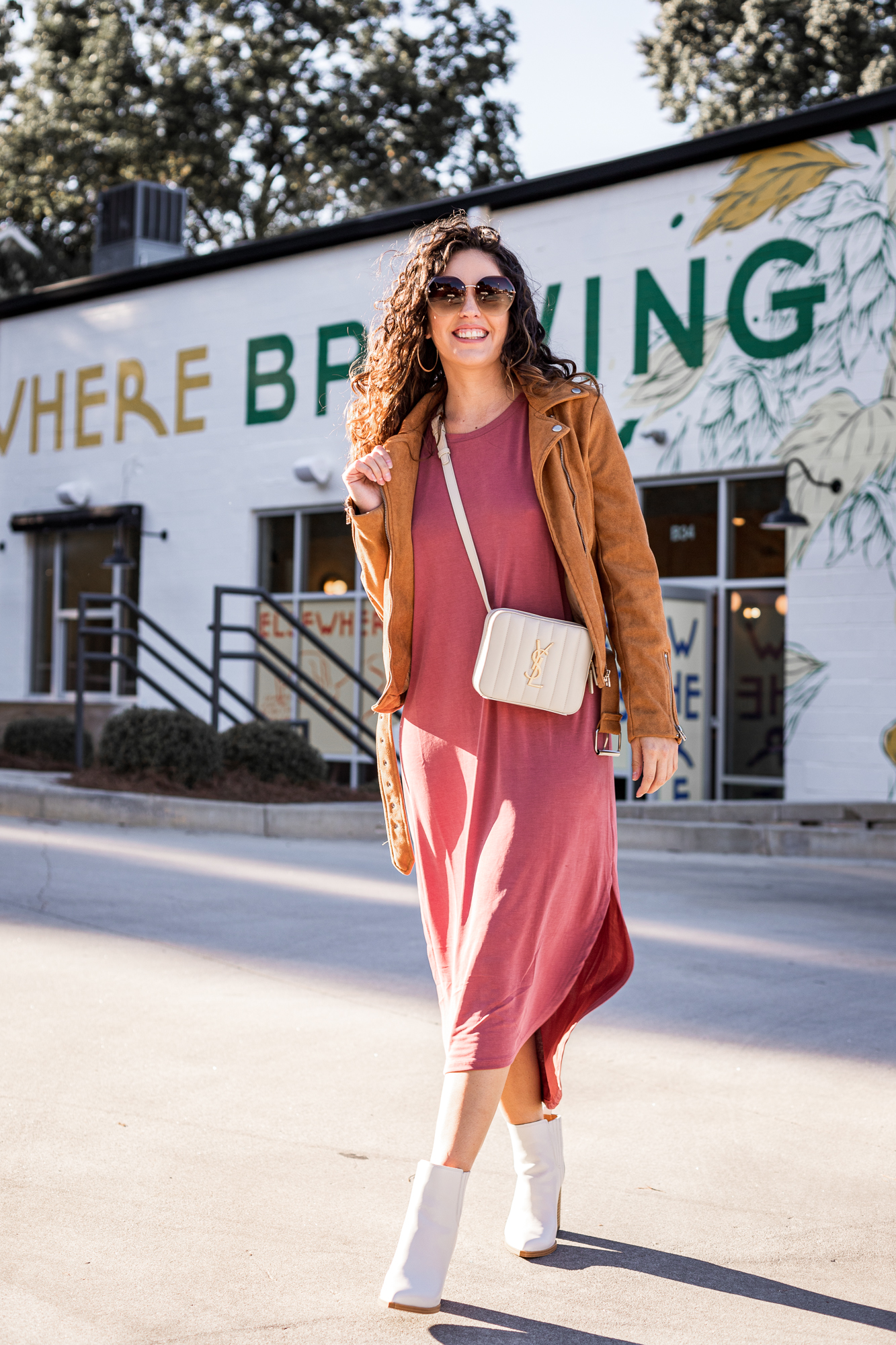 elsewhere brewing grant park atlanta, breweries in atlanta, casual outfit ideas, fall outfits, comfy dresses that are cute, casual style, local breweries