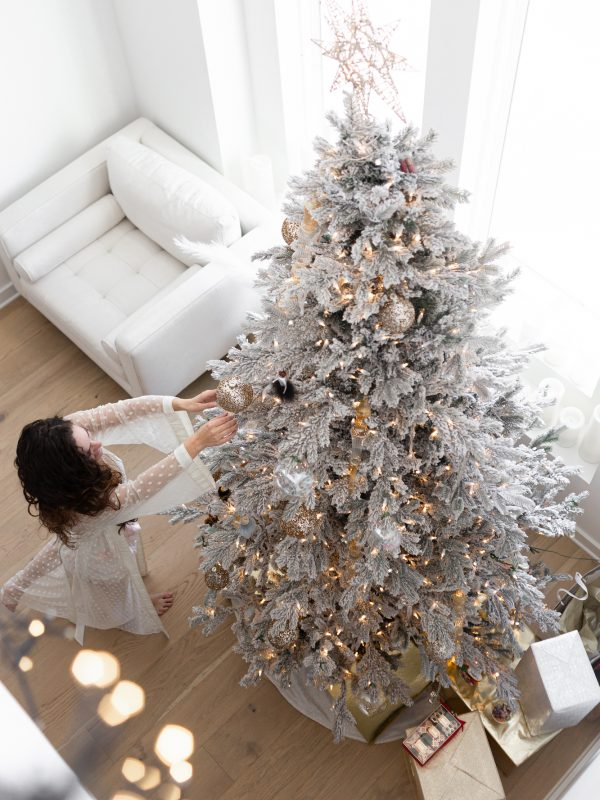 christmas decorations, winter wonderland decor, christmas decor, holiday spirit, white flocked tree, white christmas tree, gold ornaments, glass ornaments