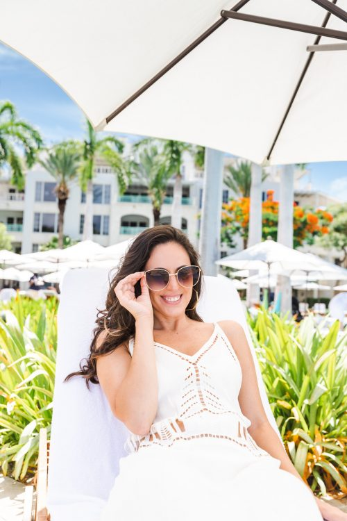 turks and caicos travel guide, where to stay in turks and caicos, providenciales, grace bay vs long beach bay, what to do in turks and caicos
