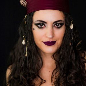 pirate makeup, last minute halloween costume ideas, last minute costume ideas, halloween makeup, parrot makeup, couples costume ideas, pirate costume, parrot costume